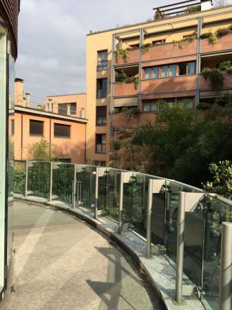 Bilocale Milano Via Santa Lucia 13