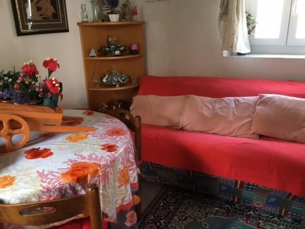 Soluzione Indipendente in vendita a Bizzarone, 3 locali, prezzo € 50.000 | Cambio Casa.it