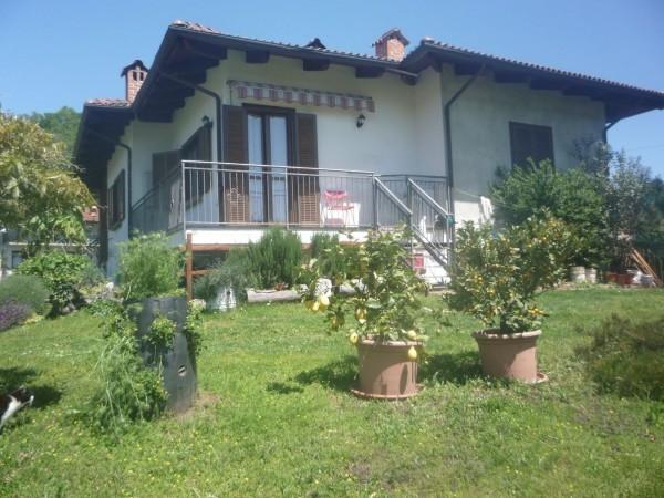 Villa in vendita a Castellamonte, 4 locali, prezzo € 208.000 | Cambio Casa.it