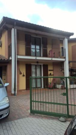 Villa a Schiera in vendita a Cremenaga, 5 locali, prezzo € 215.000 | Cambio Casa.it