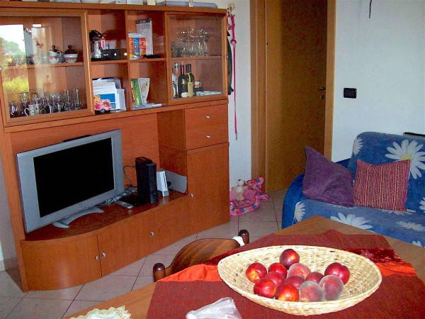 Bilocale Molinella Via Sant'elena 4