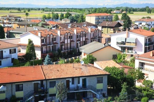 Bilocale Rosate Via Roma 13