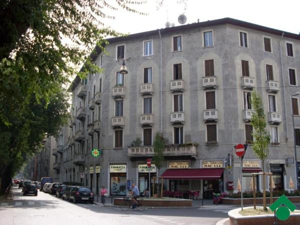 Bilocale Milano Via Mac Mahon, 111 2