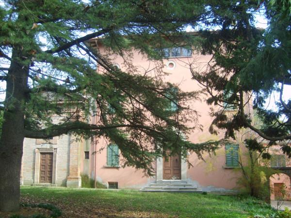 Rustico in Vendita a Perugia Periferia: 5 locali, 1660 mq