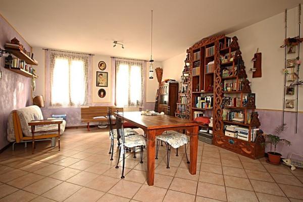 Appartamento in vendita a Iseo, 3 locali, prezzo € 166.000 | Cambio Casa.it