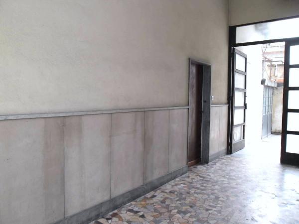Bilocale Milano Via Bordighera 13