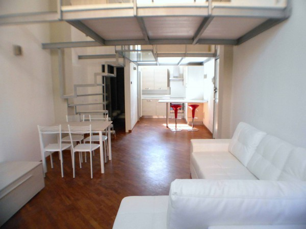 Bilocale Milano Via Bordighera 7