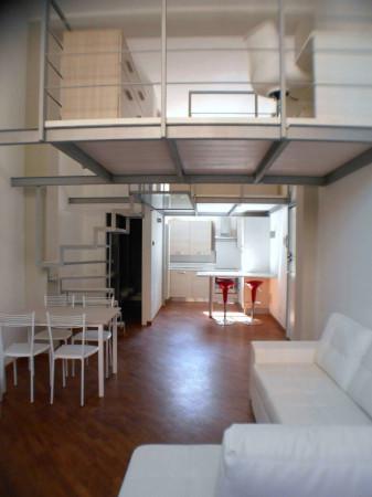 Bilocale Milano Via Bordighera 8