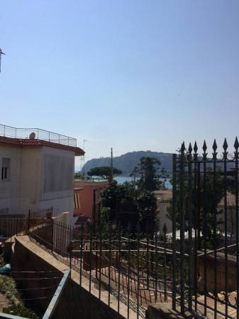 Appartamento in vendita a Bacoli, 3 locali, prezzo € 340.000 | Cambio Casa.it