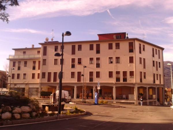 Appartamento in affitto a Calolziocorte, 3 locali, prezzo € 416 | Cambio Casa.it