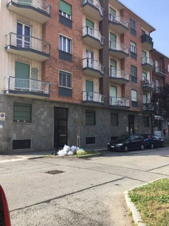 Bilocale Torino Via Matteo Bandello 12