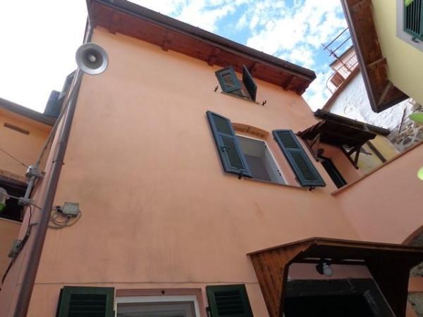 Bilocale La Spezia Via Monte Fosco 10