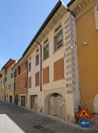Bilocale Salò Piazza Sergio Bresciani 1