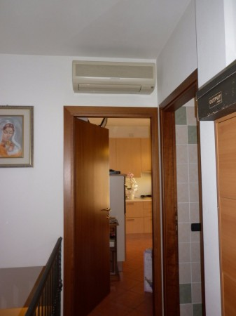 Bilocale Sommacampagna Via Berto Barbarani 8