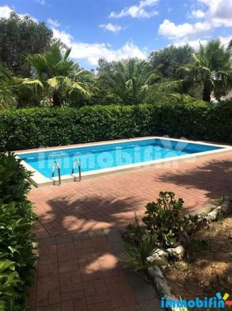 Villa in vendita a Oria, 4 locali, prezzo € 110.000 | Cambio Casa.it