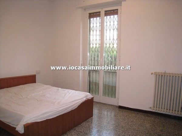 Bilocale Milano Via Ravenna 11