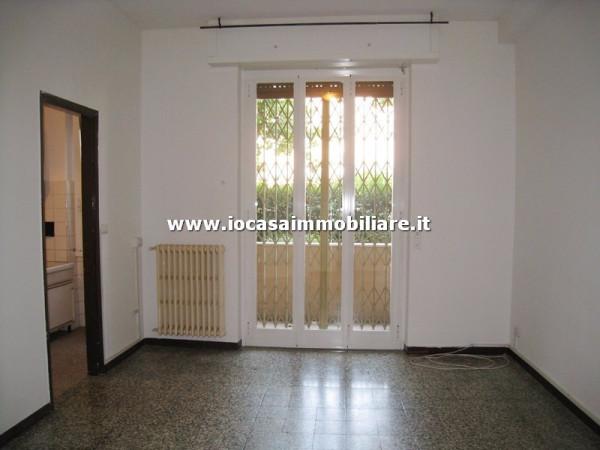 Bilocale Milano Via Ravenna 2