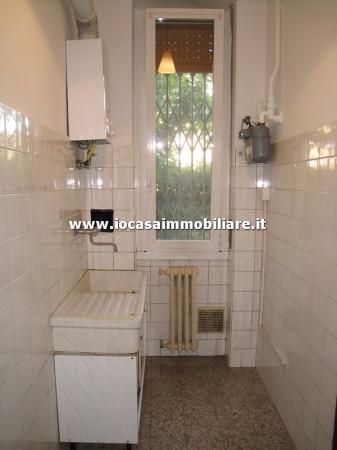 Bilocale Milano Via Ravenna 8