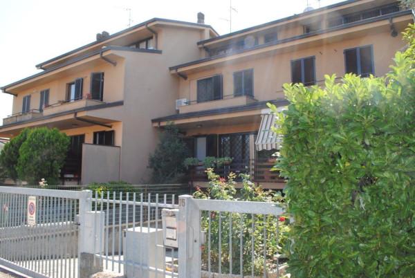 Villa a Schiera in vendita a Rodano, 6 locali, prezzo € 350.000 | Cambio Casa.it