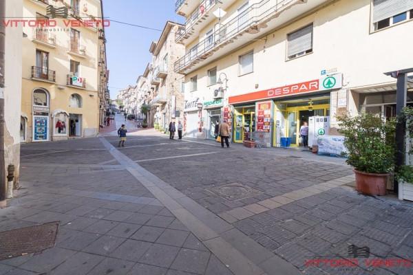 Negozio / Locale in vendita a Agropoli, 6 locali, prezzo € 545.000 | Cambio Casa.it