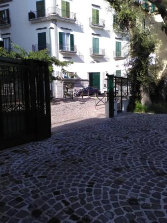 Box / Garage in vendita a Napoli, 9999 locali, zona Zona: 5 . Vomero, Arenella, prezzo € 28.000   Cambio Casa.it