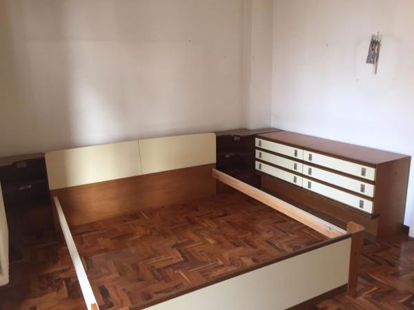 Appartamento in vendita a Codogno, 4 locali, prezzo € 50.000 | Cambio Casa.it