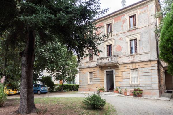 Bilocale Bologna Via Emilia Levante 2