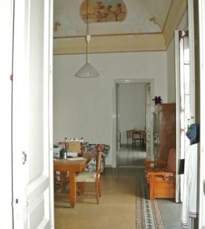 Soluzione Indipendente in vendita a Catania, 6 locali, Trattative riservate | Cambio Casa.it