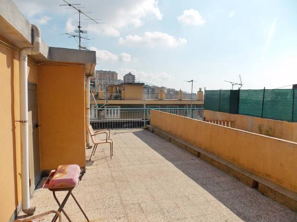 Bilocale Genova Via Bari 1