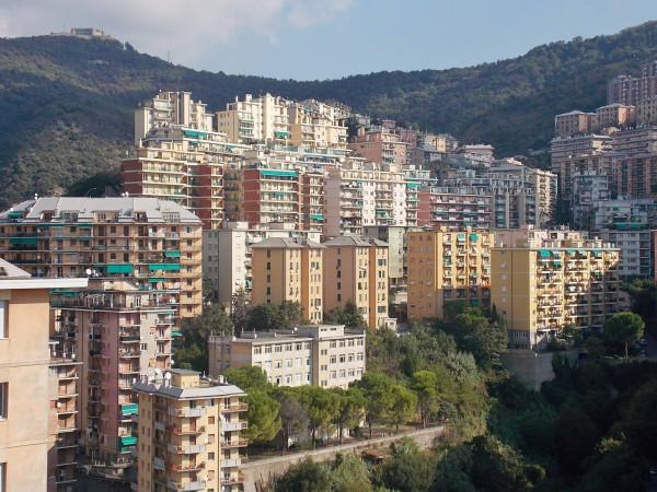 Bilocale Genova Via Bari 10