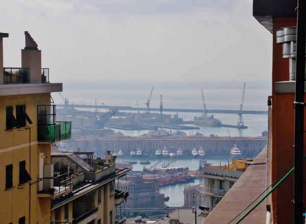 Bilocale Genova Via Bari 11