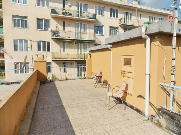 Bilocale Genova Via Bari 12