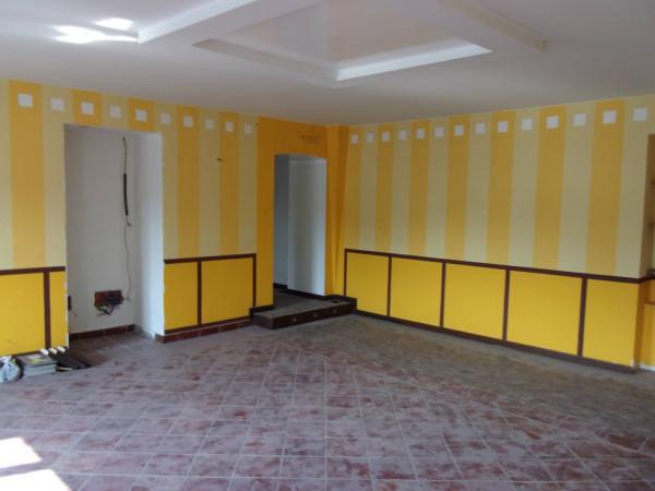 Negozio / Locale in vendita a Venaria Reale, 6 locali, Trattative riservate | CambioCasa.it