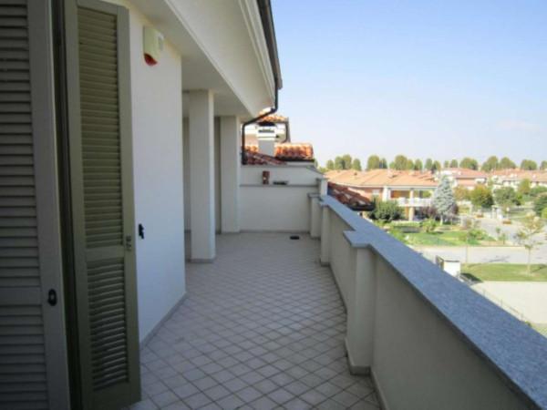 Attico / Mansarda in affitto a Cherasco, 5 locali, prezzo € 650   Cambio Casa.it