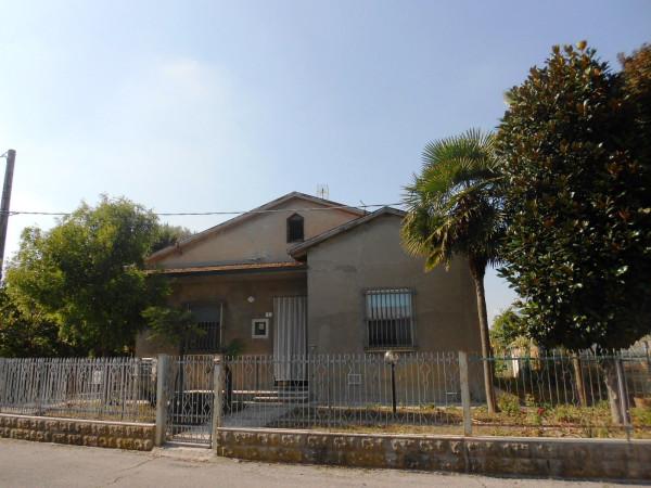 Soluzione Indipendente in vendita a Forlì, 5 locali, prezzo € 178.000 | Cambio Casa.it