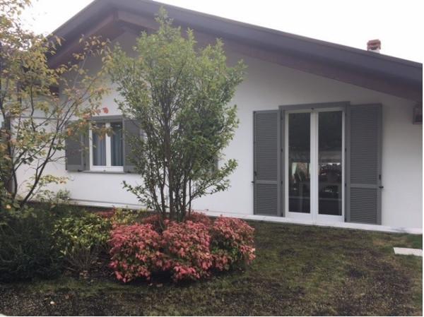 Villa in vendita a Appiano Gentile, 6 locali, prezzo € 520.000 | Cambio Casa.it