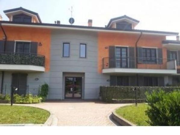 Appartamento in Vendita a Rodano