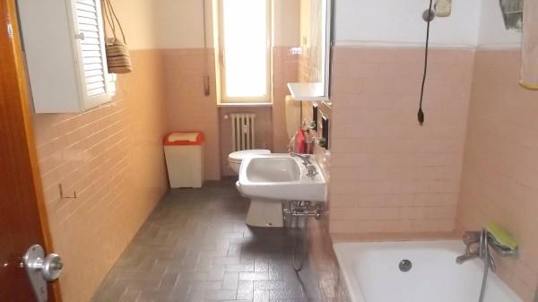 Bilocale Acqui Terme Via Giordano Bruno 8
