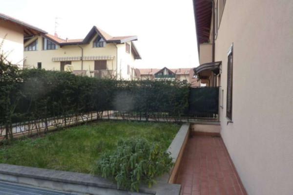 Bilocale Cardano al Campo Via Al Campo 2