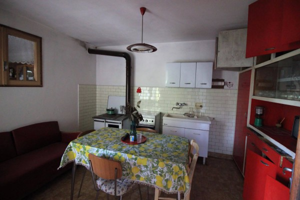 Bilocale Miasino Via Peroni 9