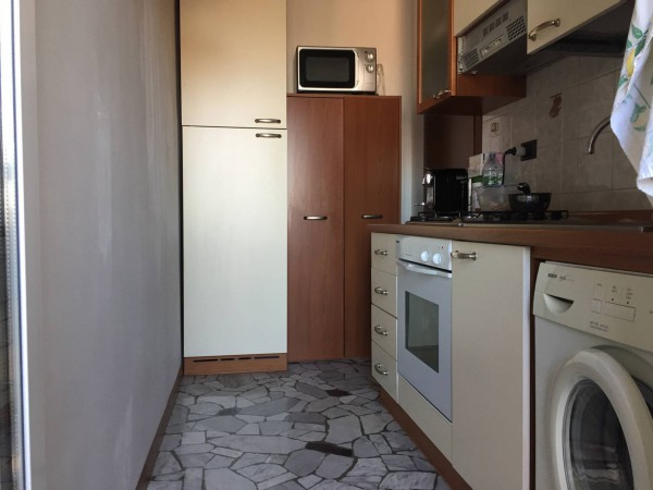 Bilocale Milano Via Vespri Siciliani 9
