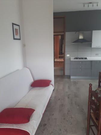 Bilocale Cantù Via Carlo Cattaneo 2