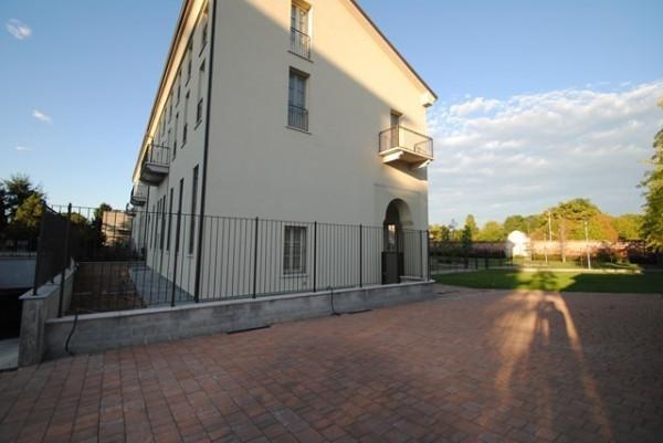 Bilocale Pavia Viale Campari 3