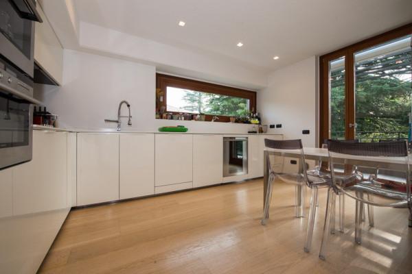 Attico / Mansarda in vendita a Varese, 3 locali, prezzo € 410.000 | Cambio Casa.it