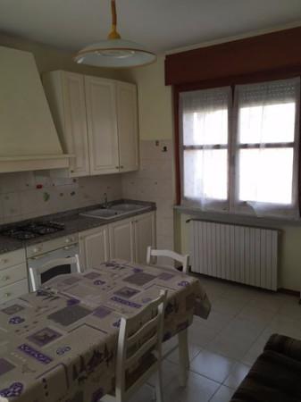 Appartamento in affitto a Bra, 2 locali, prezzo € 380 | Cambio Casa.it
