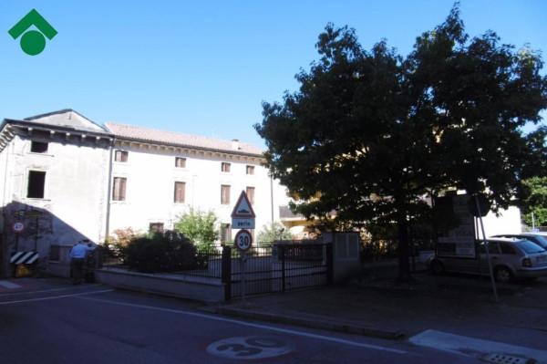Bilocale Pescantina Via Are, 141 7