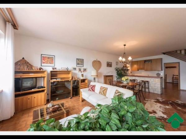 Villa a Schiera in vendita a Brenzone, 5 locali, prezzo € 320.000 | Cambio Casa.it
