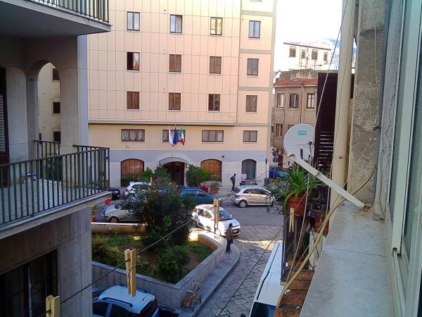 Bilocale Palermo Via Domenico Scinà 2