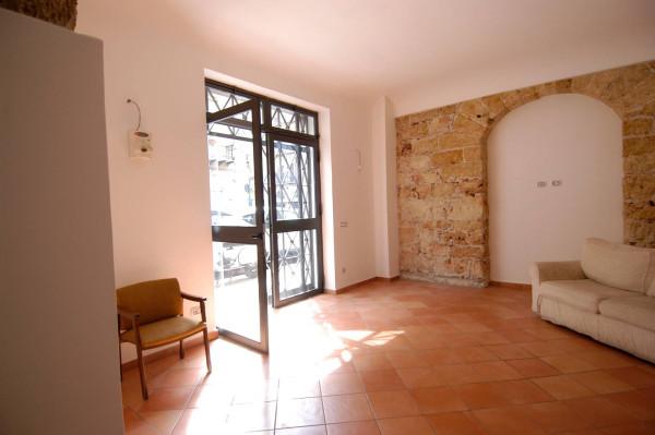 Negozio / Locale in affitto a Palermo, 2 locali, prezzo € 900 | Cambio Casa.it