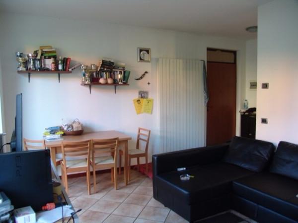 Bilocale Monvalle Via Piave 4